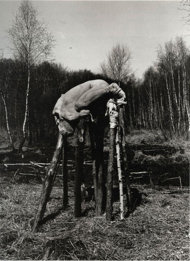 ☞ Dieter Appelt ~ Ich will mich nicht über die Bäume erheben  ~ From : Moorbegehung [1977]
