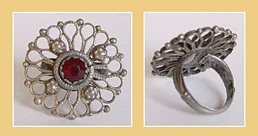 Rare Original c.1550 Tudor Period.Silver Flower ring Inc Red Stone.