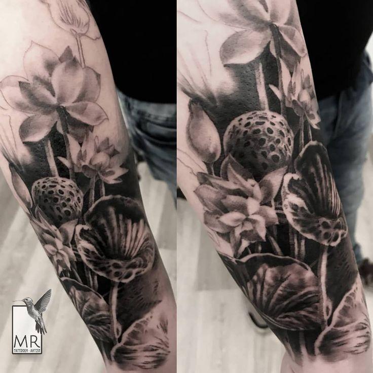 Lotus composition - work in progress black and gray tattoo Skin: @runevmirrorskin  Special thanks: @alessiolalatattoo  Done at: @newskintattoo  #besttattooartists #bestrealistictattoo #realistictattoo #besttattoo #tattoorealistic #worldfamousink #lotustattoo #flowertattoo #flowerstattoo #cheyennespirit #cheyennehawk #sullenart #blackandgraytattoo @realistic.ink @realistic_tattooworld @realistic.tattoos @tl_ttatoo @iltatuaggioitalia @worldfamousink @bnginkmag