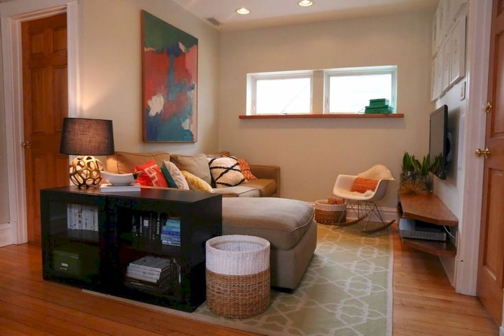 Best 25 young couple apartment ideas on pinterest for Young couple living room ideas