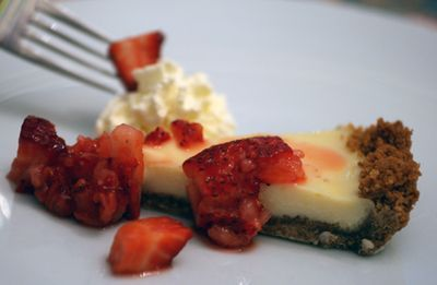 Strawberry Lemonade Icebox Pie | yummy food | Pinterest