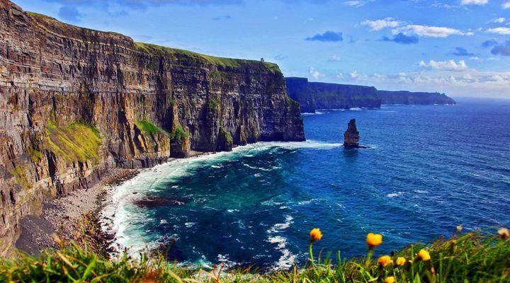 Grillige kustlijn Ierland, landschap
