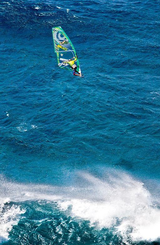 2011 The Fly2....windsurf jump