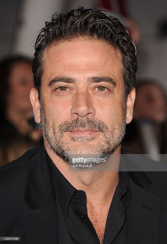 jeffrey dean morgan 2016