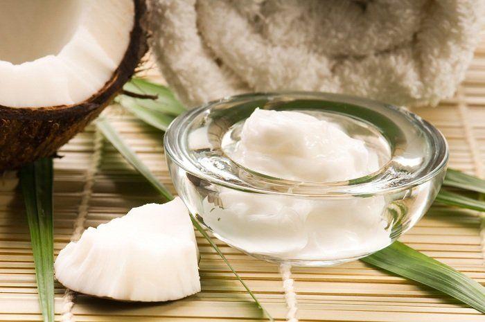 Обертывание с кокосовым маслом http://bestthaitour.ru/obertyvanie-s-kokosovym-maslom-60-min/  По косметическим свойствам кокосовое масло следует отнести к группе лауриновых масел. Данная группа отличается достаточно большим содержанием насыщенных жирных кислот, необходимых организму человека, его кожной поверхности, таких как олеиновая, пальмитиновая, стеариновая, каприловая, каприновая, лауриновая, миристиновая. Полезные свойства кокосового масла определяются и входящими в состав…