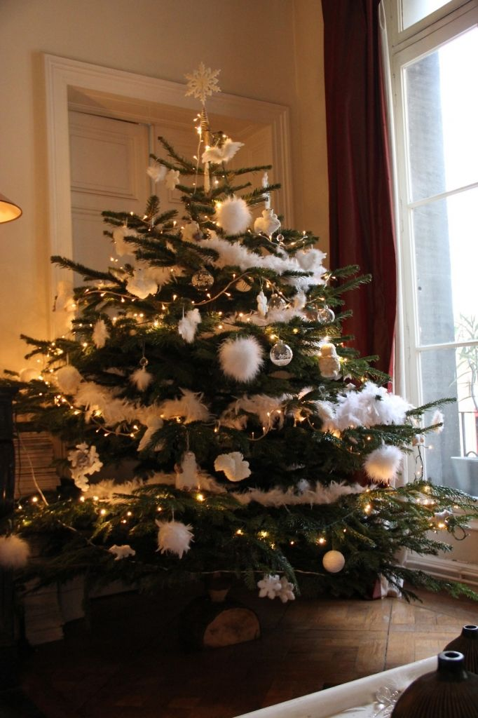 1000 id es sur le th me arbres no l country sur pinterest - Sapin de noel decoration blanc argent ...