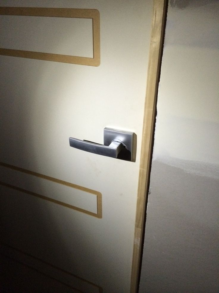 Gainsborough door handles fitted this week :) love this square design!!! ◻️