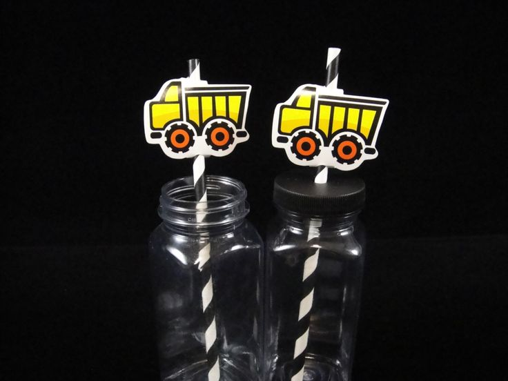Construction Straws and Straw Toppers, Straw Toppers, Paper Straws, Construction Party, Kids Parties, Dump Trucks. Dump Truck Toppers by MamaMiasCupcakes on Etsy https://www.etsy.com/listing/236558676/construction-straws-and-straw-toppers