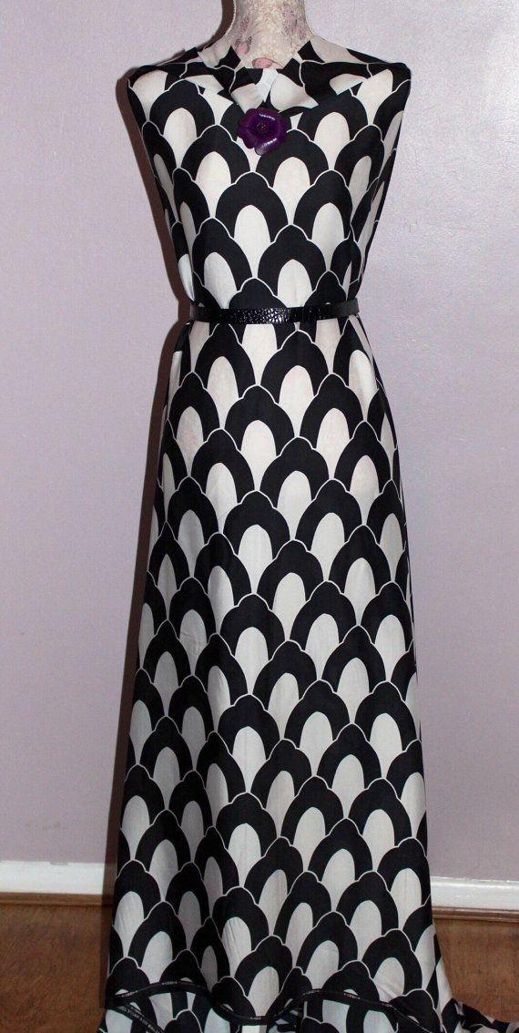 Pure Italian silk fabric Monochrome silk geometric patterned