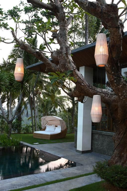 Outdoor Furniture - Daybeds - Chaise Lounge - Moon - Double - Canopy - Satara Australia
