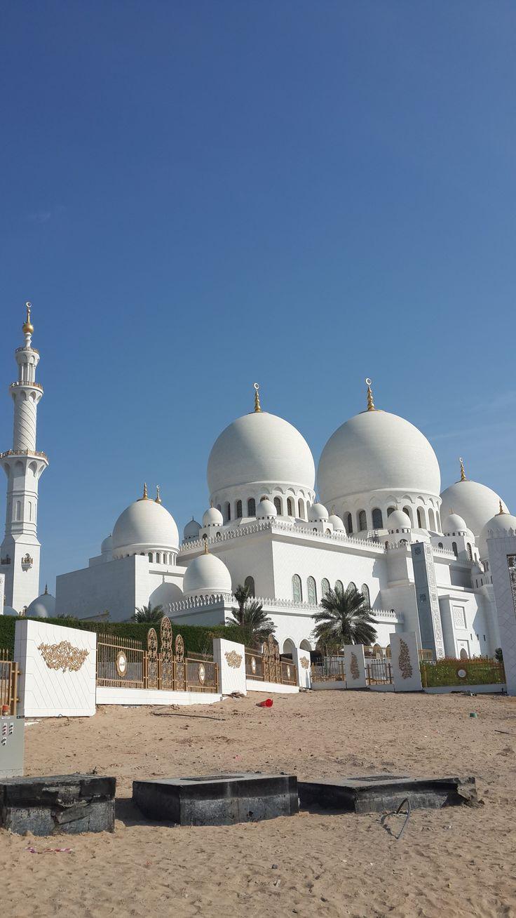 Abu Dhabi - Shaikh Zayed Mosque