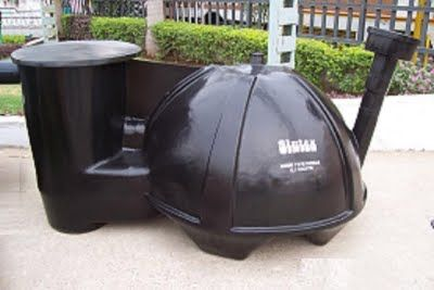 Fiberglass biogas plant ready to bury - and throw all your crap into it!  http://calgary.isgreen.ca/living/life-style/fan-or-fanatic-can-you-be-too-green/