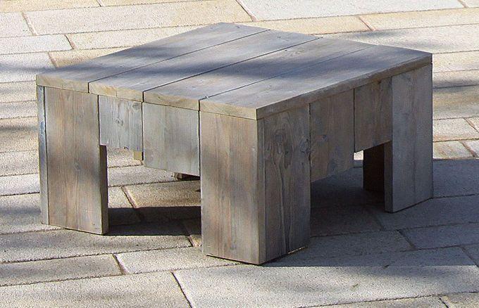 Der Lounge Tisch ist die ideale Ergänzung zu Ihren weiteren Lounge Möbeln der WITTEKIND Serie und findet mit einer Höhe von 43 Zentimetern sowie einer Breite und Tiefe von 78 Zentimetern nahezu überall Platz.