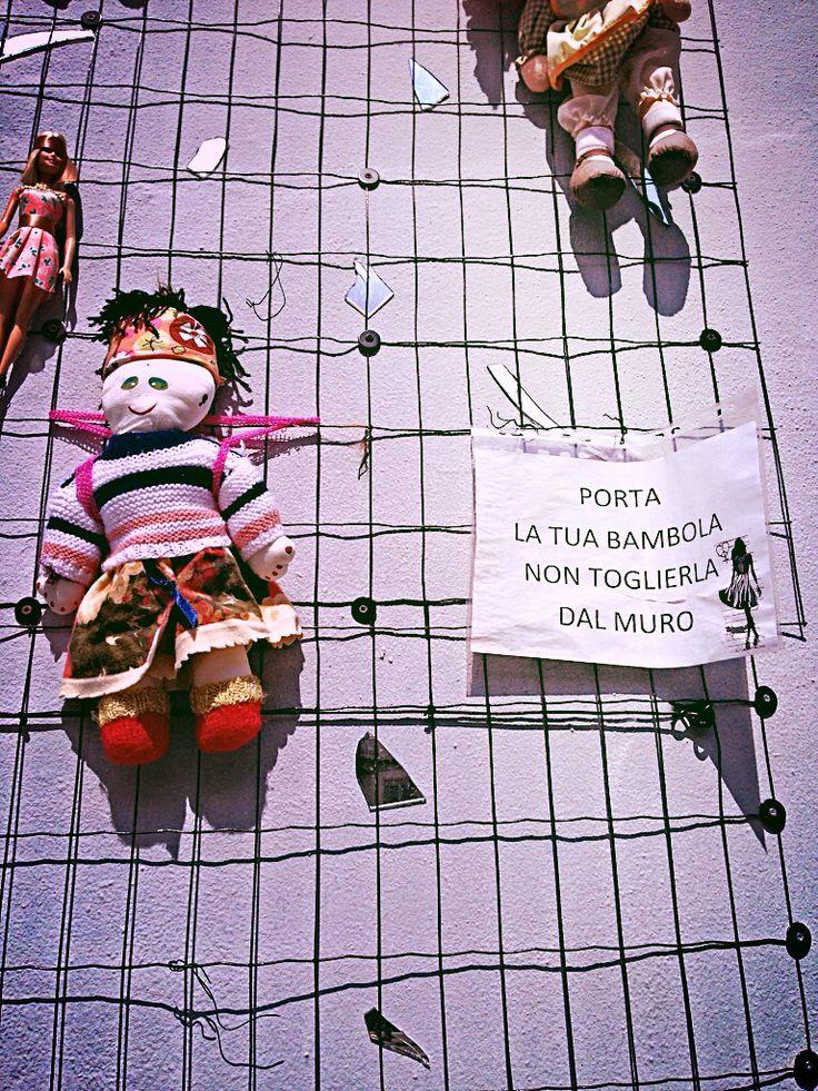 Una bambola per il rispetto