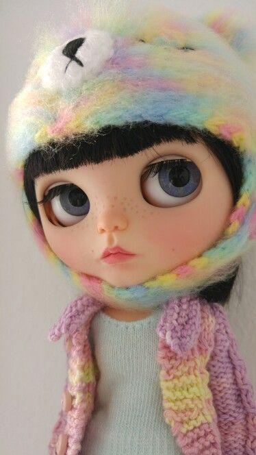 #noainclouds #blythecustom #blythe #blytheinsta #custom #customblythe #happiness #happy #love #young #model #dreams #dream #lovely #doll #muñeca #jj #eyes  #bigeyes  #home  #amor #jj_mobilephotography #cat
