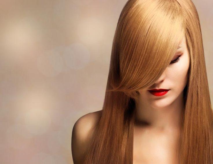 Cómo alisar el pelo con aceite de coco. El aceite de coco es uno de los mejores productos para alisar el cabello de forma natural y sin dañarlo gracias a sus numerosas propiedades hidratantes y reparardoras para el cabello estropeado. Si ti...