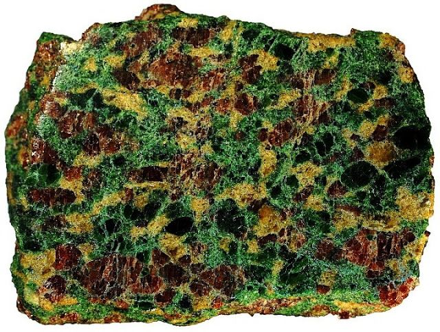 The fragment of the metamorphic rock eclogite in which the garnet that encased the ferric-iron-rich majorite sample was found in Northern China.-'Nesting doll' minerals offer clues to Earth's mantle dynamics | Geology IN