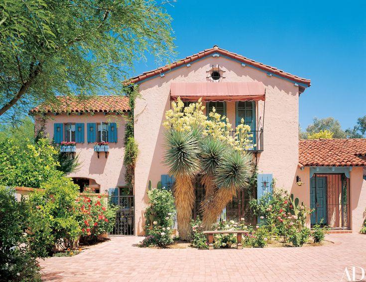 Tour Linda Ronstadt's Mediterranean-Style Home in Tucson
