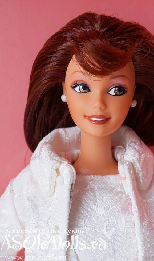 Коллекционная Барби НИКОЛЬ МИЛЛЕР  http://www.asoledolls.ru/shop/barbie/dizajnerskie/nicole_miller_city_shopper_barbie_doll/  3990=