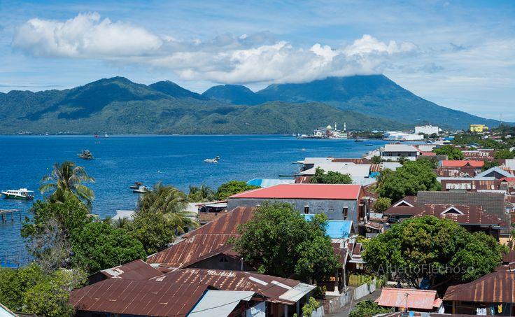 La ciudad e isla de Ternate, posesión portuguesa frente a la española Tidore