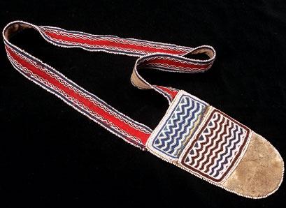 Tahltan (Telegraph Creek, British Columbia), Bandolier Bag, beads/wool/leather, c. 1880.