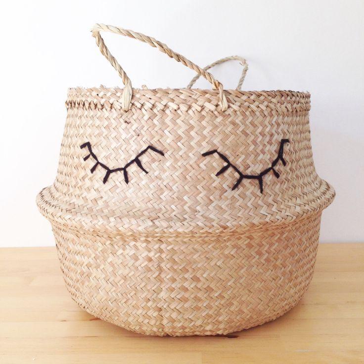Soñolientos ojos pestañas mar hierba vientre cesta Panier Boule almacenamiento infantil juguete playa Picnic Bolsa lavandería de TalaHomeDesign en Etsy https://www.etsy.com/es/listing/481212513/sonolientos-ojos-pestanas-mar-hierba