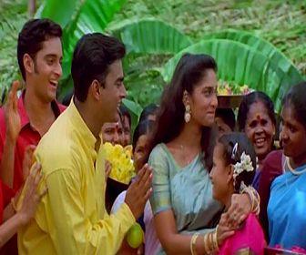 Yaro Yarodi | Alaipayuthey [1999] - http://www.tamilsonglyrics.org/yaro_yarodi_song_lyrics_in_tamil/ - Yaro Yarodi Alaipayuthey movie song lyrics. Yaro Yarodi written by Madhan Karky and sung by Mahalaxmi Iyer, Vaishali Samant and Richa Sharma.  Song Details of Yaro Yarodi from Alaipayuthey tamil movie:     Movie Music Lyricist Singer(s) Year   Alaipayuthey A. R. Rahman Vairamuthu Mahalaxmi Iyer,... - #1999, #A.R.Rahman, #MahalakshmiIyer, #RichaSharma, #Vairamuthu, #VaishaliS