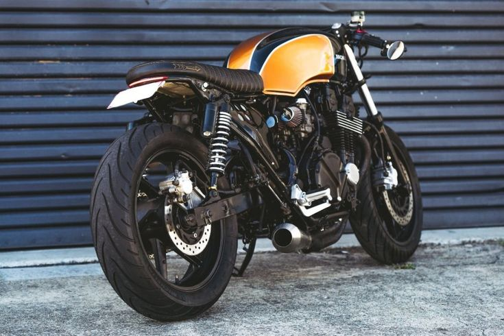 Honda Nighthawk Brat Cafe