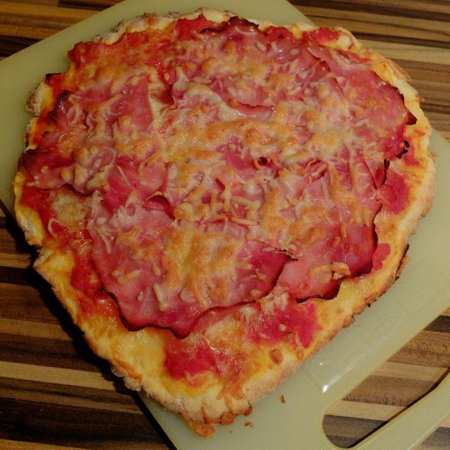 Bezlepková pizza z pomazánkového másla :: Celiakie pro muže