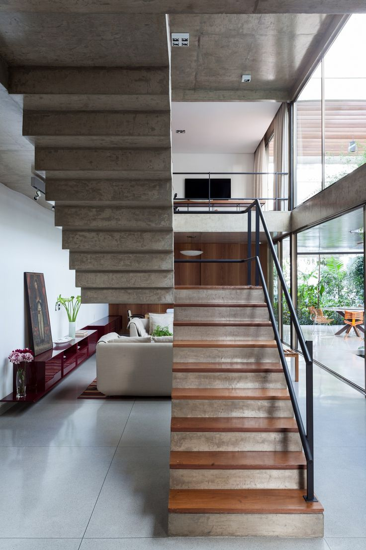 Image 43 of 52 from gallery of Jardins House / CR2 Arquitetura. Photograph by Fran Parente