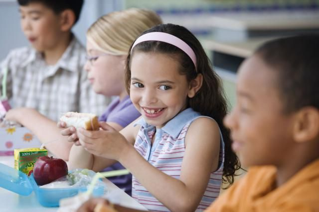 101 Easy Lunch Ideas for Kids: At home or at school, you need 101 ideas for kids' lunches when you're trying to make those little faces happy at lunchtime.