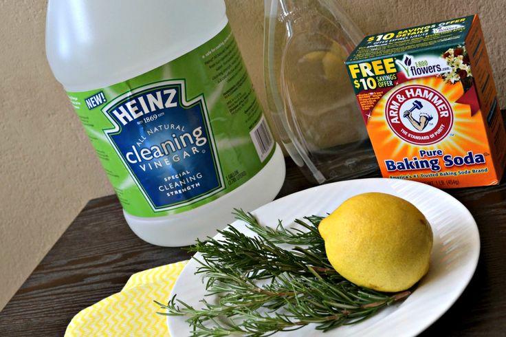 Green cleaning ingredients - Heinz Cleaning Vinegar, Baking Soda and aromatics #cleaning #BakingSoda #vinegar