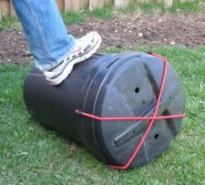 So want to make this!! Homemade Compost Tumbler Step-by-Step Instructions