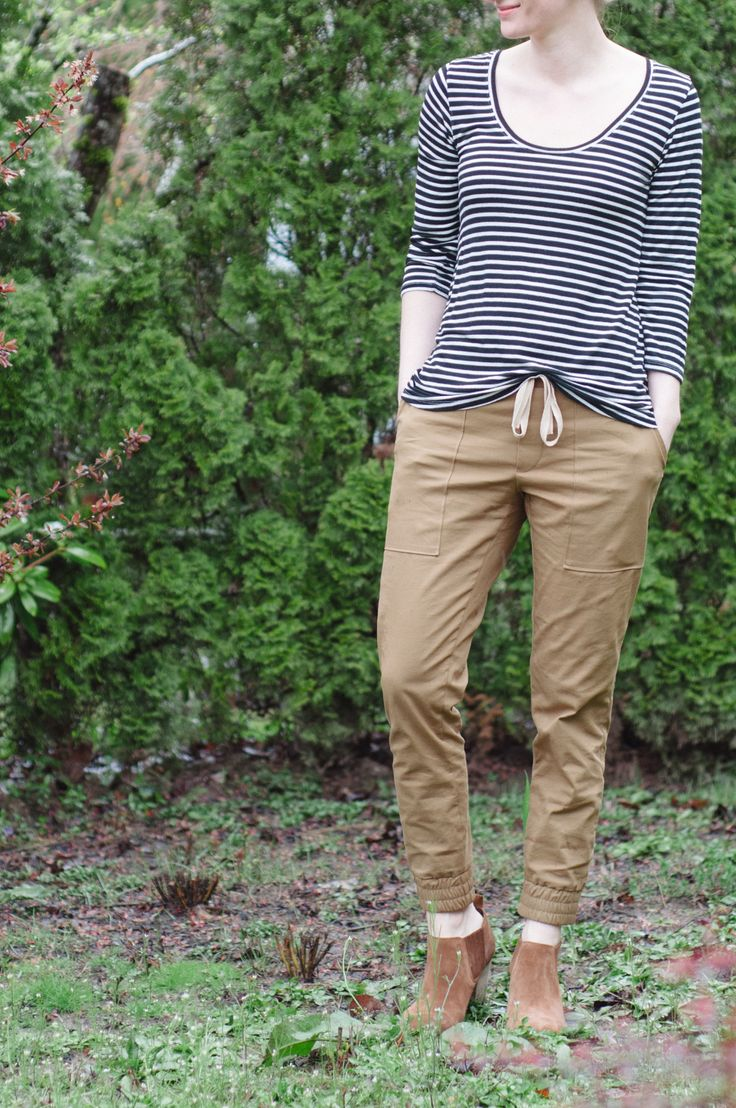 True Bias Hudson Pants in Stretch Microfiber Twill — Baste + Gather
