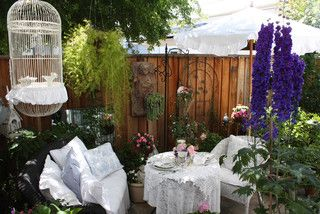 Place a couple of blossoming plants around your porch to infuse your space with a lively atmosphere.: Decor, Ideas, Outdoor Living, Romantic Homes, Shabby Chic, Gardens, Patio, Outdoor Spaces
