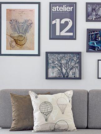 Não há regras para organizar os quadros nas paredes, pois o que importa mesmo é a sua criatividade alinhada à decoração do ambiente. Confira sugestões para você criar composições personalizadas ou aproveitar ao máximo seu espaço.