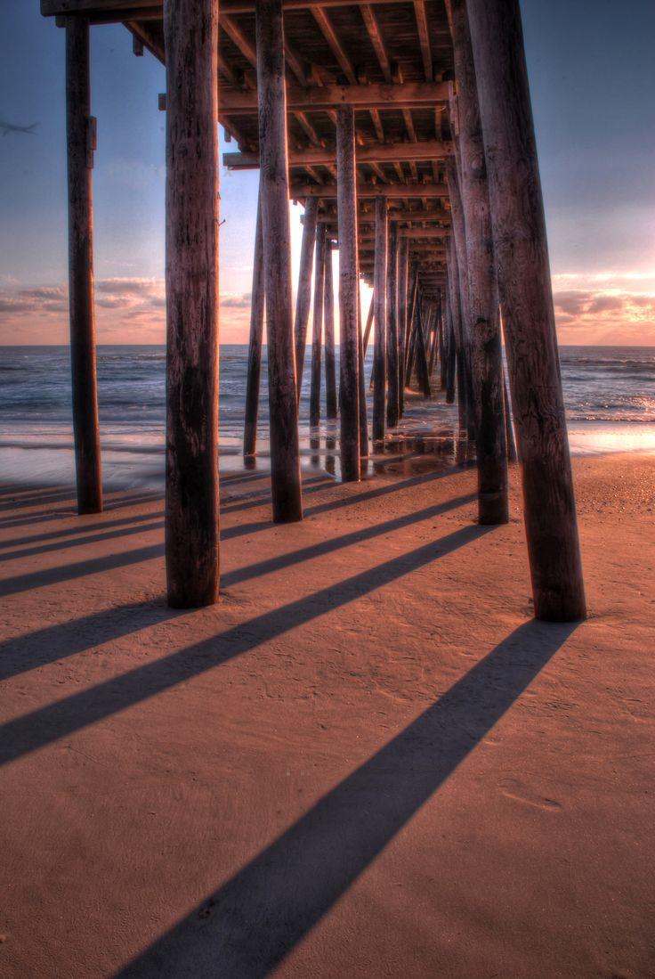 outer banks, rodanthe pier at sunrise