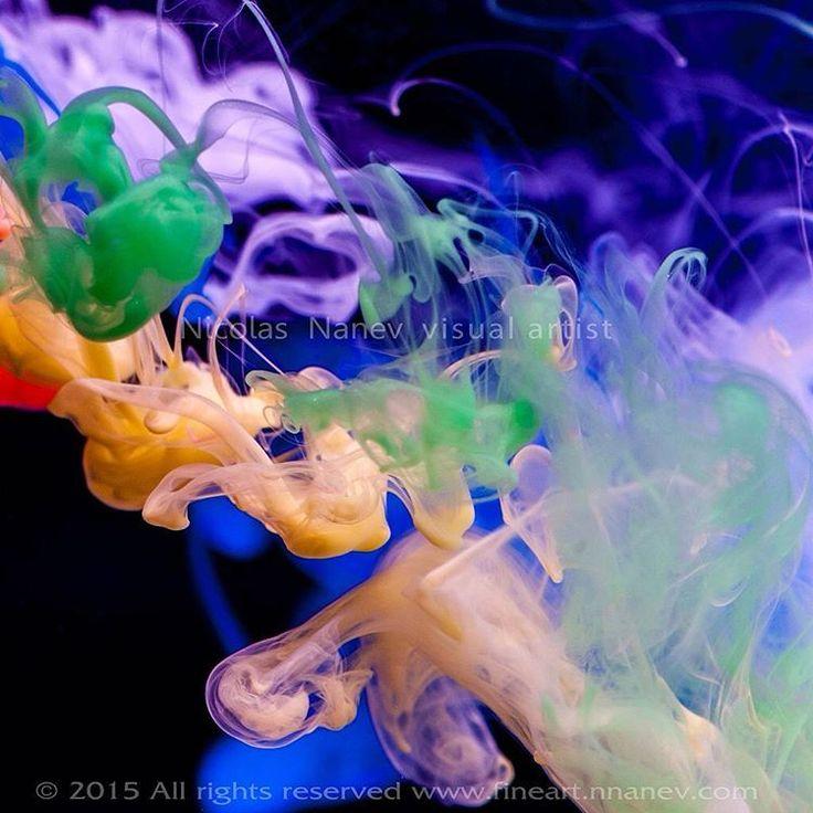 """Jenshen"" Abstract 100cm x 100cm  Canvas  www.fineart.nnanev.com ""(c)Nicolas Nanev #abstrac  #contemporaryart #modernart #contemporary #abstractart #nnanev #www.fineart.nnanev.com#painting #metalprints #largewallart #fineartprints #fineart #contemporary #canvas #home #homedecor #color #galere #art #visualartist #digitalart #photography #photo #originalfineartprints#Blue#photography #art #visualartist"