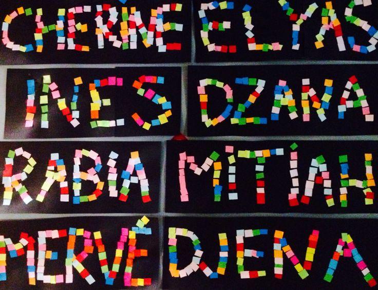 Prénoms avec petits carrés colorés en papier. MS