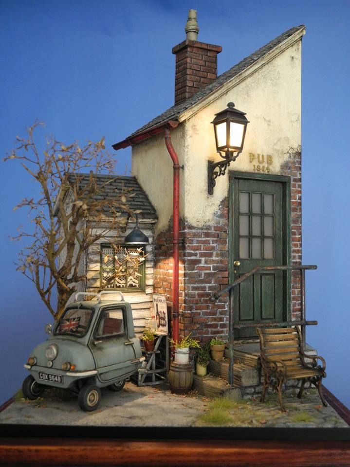 """Pub and Peel"" - another cute Diorama by Doozy, great atmosphere!"