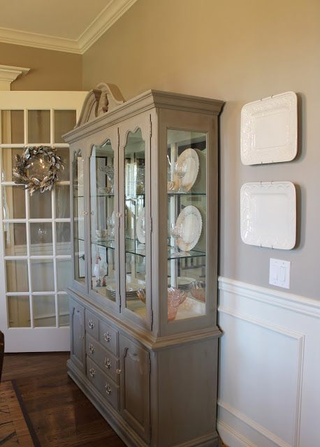 25 best ideas about china cabinet redo on pinterest for Painted dining room hutch ideas