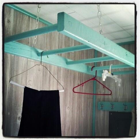 Hanging clothes rack - Naulakko - Vaatteet - Säilytys - Henkaritanko - Tikkaat - Tikapuut