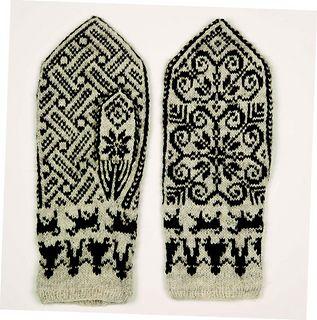 """Old pattern knitted by Ingeborg Pålsdatter Kallarsøya (1863-1944), also known as """"Pål-Innbær"""". Use 75 g white, 50 g black. Adjust gauge, needles 1,75 to 2,5."""