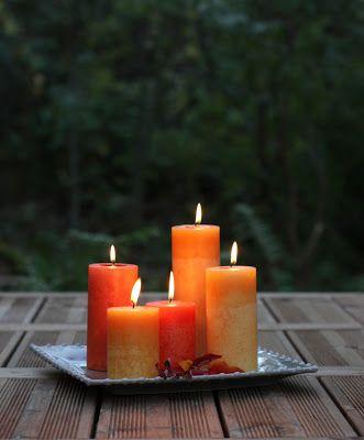 Kotimainen kynttilä valaisee pimeitä iltoja.