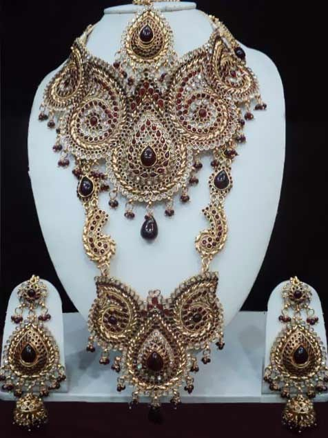 #Maroon and Off White #Polki Studded #Necklace Set @ $249.99 | Shop @ http://www.utsavfashion.com/store/item.aspx?icode=jjr5456