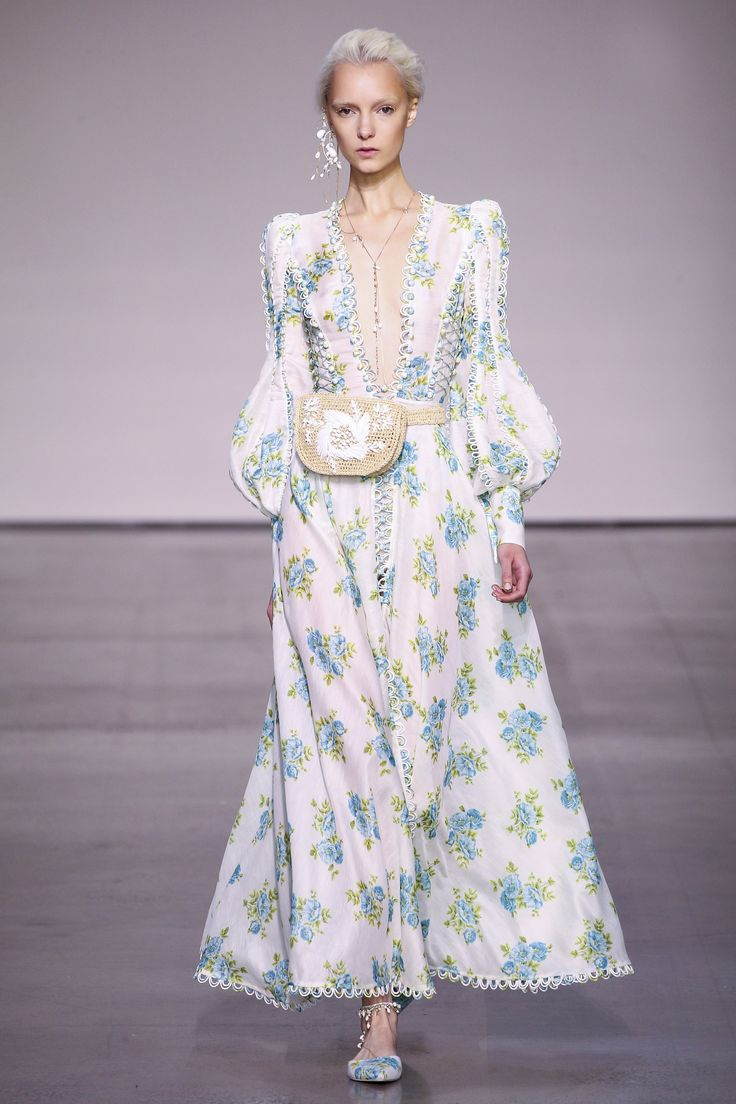 Zimmermann Spring 2018 Ready-to-Wear Collection Photos - Vogue  I love the whole collectionnnnn!!!!