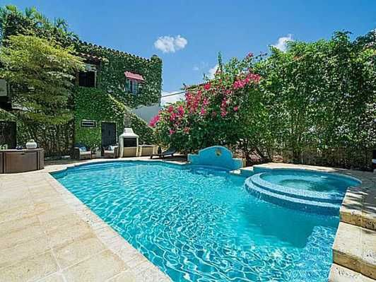 36 best 4436 alton rd miami beach fl 33140 images on pinterest miami beach homes for sales for Alton swimming pool opening times