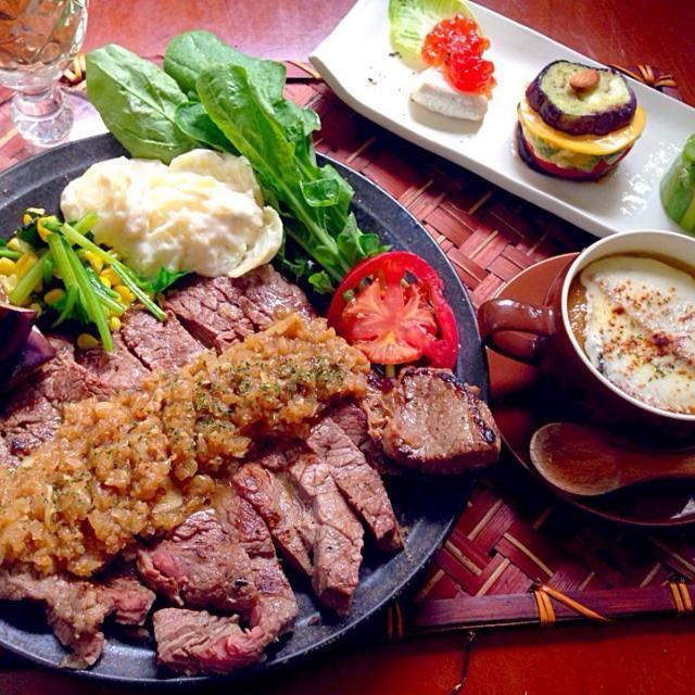 """長かった3日間ストレス解消に美味しいご飯ʕु-̫͡-ʔु"""" 素敵美味しいレシピありがとうございます✨ - 86件のもぐもぐ - Today's Dinner前菜・オニオンスープ・シャリアピンステーキ by honeybunnyb"""