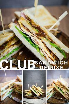 Unser Clubsandwich mit selbstgemachten Tomatenchutney wird euch begeistern. Was wir sonst noch alles drauf gepackt haben, seht ihr auf unserem Blog. #sandwich #club #bacon #speck #salat #salad #tomatenchutney #chutney #käse #cheese #schnitte #stulle