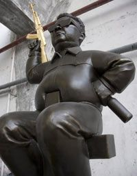 """[Art markets in China]  """"798—and out?""""  What's worse for artists, communism or capitalism?    (2007)"""